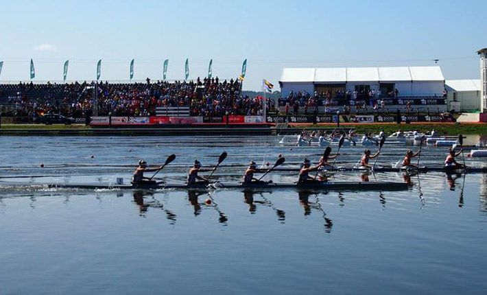 finishing-line-final-A-U23-World-Champs-Canoe-Racing-Portugal-2015